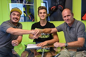 Moto2 Breaking news Marini joins half-brother Rossi's Moto2 team for 2018