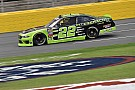NASCAR XFINITY Keselowski supera la lluvia para triunfar en Charlotte