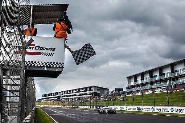 Australian GT Hampton Downs 500: Hackett/Storey dominate in New Zealand