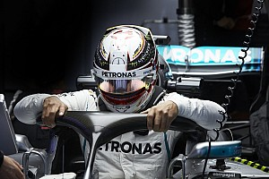Формула 1 Коментар Хемілтон: Ми були на півсекунди повільніші за Ferrari