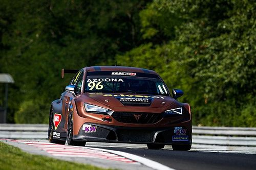 Azcona makes PURE ETCR history with dominant drive for CUPRA in Hungary