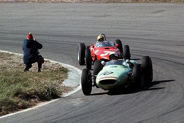 Формула 1 История 30 Гран При. Как Формула 1 гонялась в Нидерландах