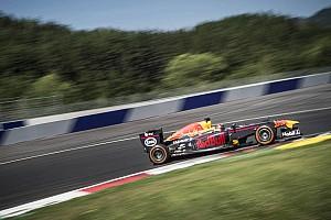 WRC Actualités Ogier au volant d'une F1: un rêve devenu réalité