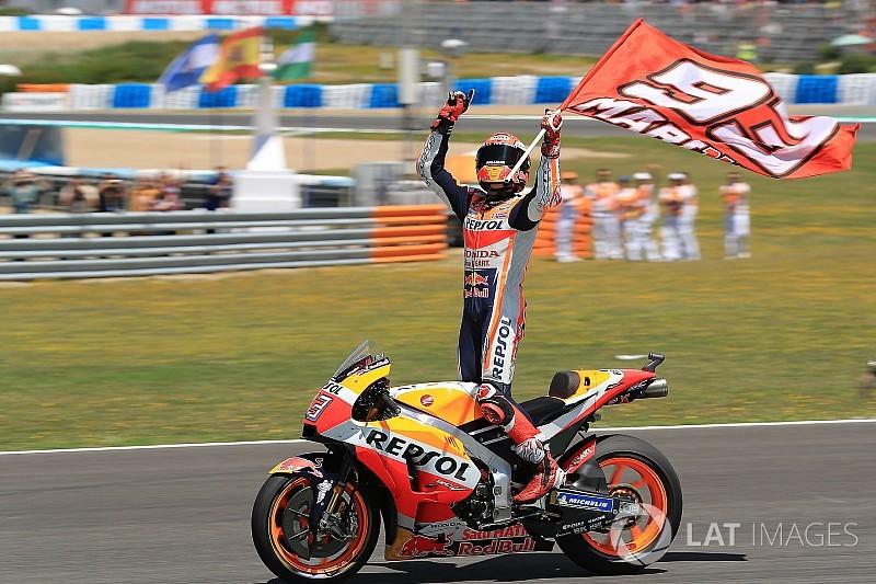 Маркес выиграл в Испании, гонщики Ducati и Педроса столкнулись