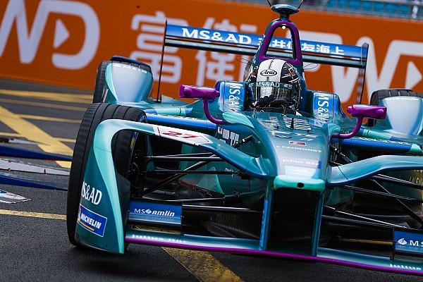 Kobayashi maradhat az Andrettinél Marrákesben