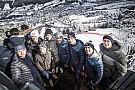 Формула 1 На лыжных гонках в Австрии собрался весь цвет автоспорта: фото и видео