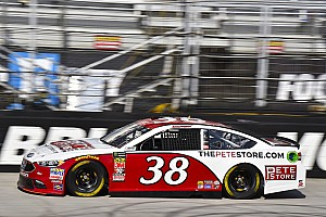 NASCAR Cup Practice report David Ragan tops final practice at Bristol; Kurt Busch crashes