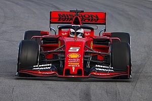 Vettel niet blij met nieuwe voorvleugels: