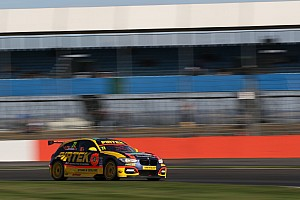 Jordan stays with WSR for third straight BTCC season