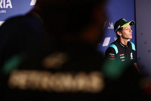 """Los pilotos destacan que """"ha sido un privilegio"""" competir con Rossi"""
