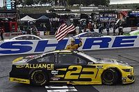 NASCAR Loudon: Keselowski siegt nach langem Duell gegen Hamlin