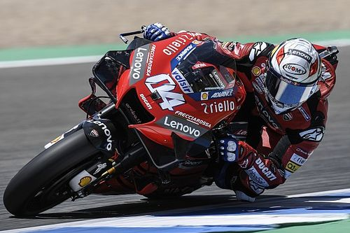 """Dovizioso doesn't want to """"copy"""" faster Pramac riders"""