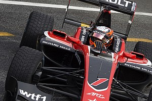 GP3 Testverslag Aitken bovenaan regenachtige GP3-testdag, Schothorst vijfde