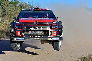 WRC Últimas notícias Carro gira 14 vezes no ar em acidente no Rali da Argentina