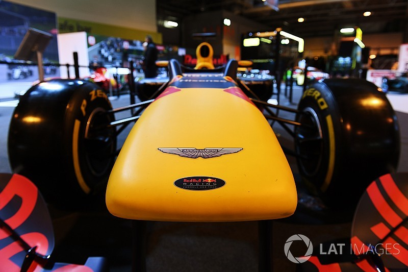 """Aston Martin diz que """"provavelmente"""" entrará na F1 em 2021"""