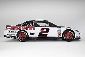 NASCAR Cup Noticias de última hora Penske muestra el diseño de Discount Tire para Keselowski para 2018