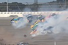 Video: Brokkenrace in Talladega