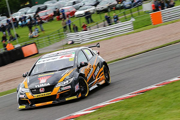 BTCC Race report Oulton Park BTCC: Shedden wins Race 3 to extend points lead