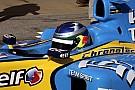 Формула 1 Галерея: Сайнс-старший за кермом Renault Ф1