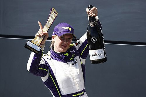W Series Silverstone: Powell suma su segundo triunfo de 2021