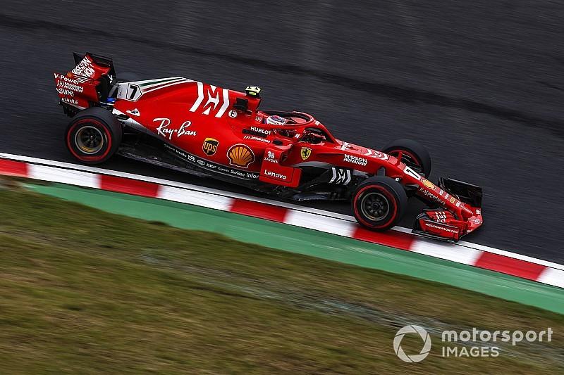 Képeken a már pályára gurult Ferrari az új F1-es festéssel