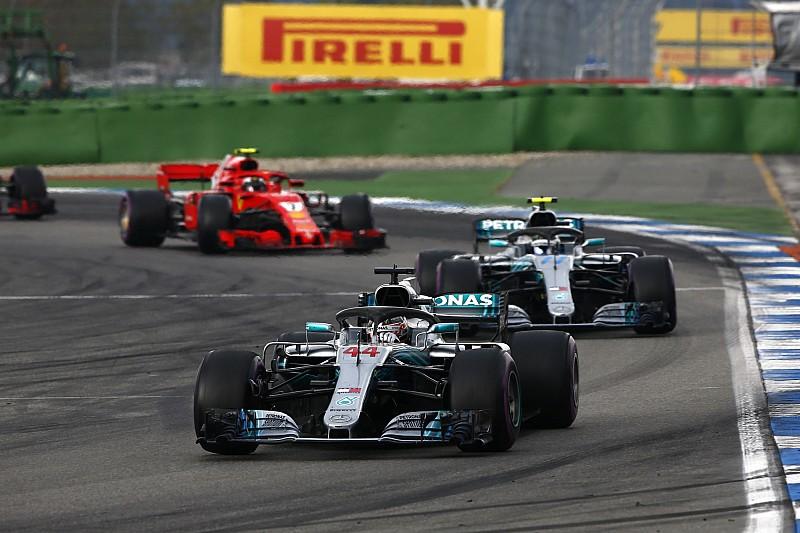 Вільньов виправдав командну тактику Ferrari і Mercedes