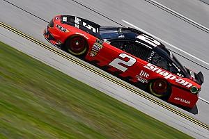 NASCAR Sprint Cup Crónica de Carrera Brad Keselowski vence a Logano en la etapa 1 en Talladega