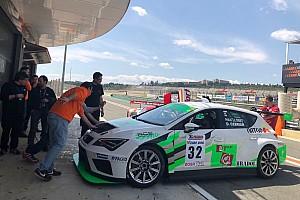Endurance Gara CER: a Valencia la grande battaglia TCR SEAT-Cupra la vince il Team RC2 Junior