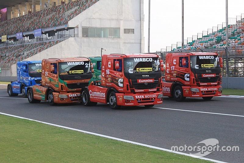 Delhi T1 Prima: Powell wins thrilling opening race