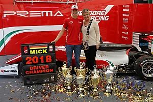 Fotostrecke: Die Schumachers in der Formel 3
