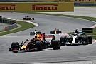 Course - Autoritaire, Verstappen domine Hamilton!