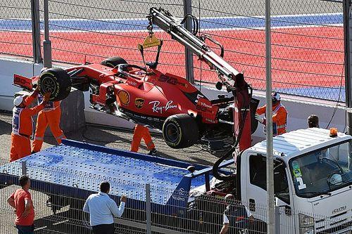 """Vettel, """"V12 motorları döndürün"""" mesajını açıkladı"""