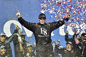 NASCAR Truck Race report Moffitt earns much-needed win in last-lap pass at Chicagoland