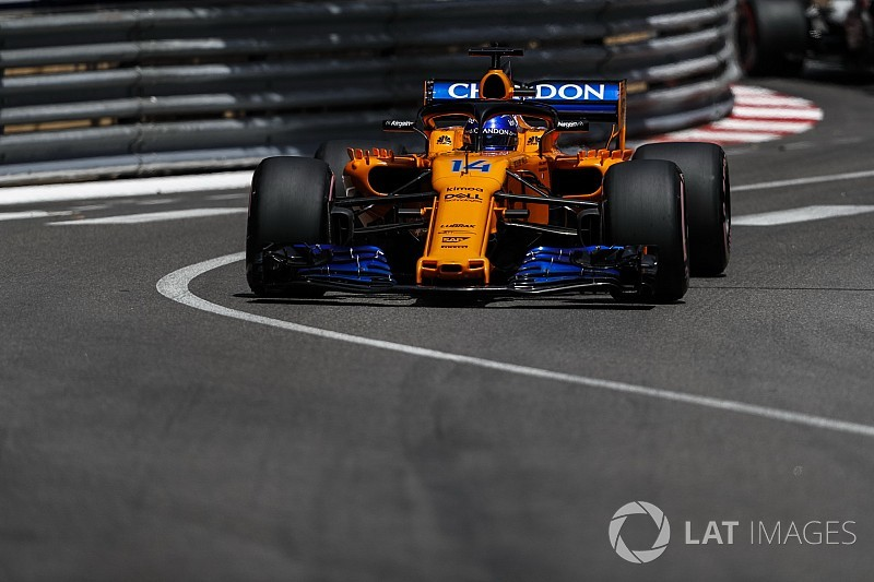 "Alonso says car set-up was like ""tossing a coin"""
