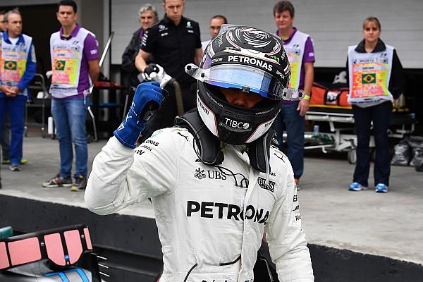 Bottas roba a Vettel la pole en Brasil