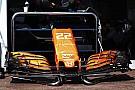Button már a McLaren volánja mögött