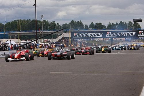 """IndyCar standing starts """"not a priority"""" for 2022 regs"""