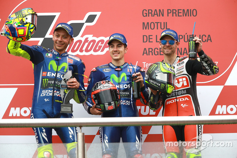 Podium: second place Valentino Rossi, Yamaha Factory Racing, race winner Maverick Viñales, Yamaha Fa