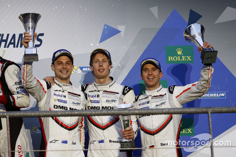 Podium LMP1: third place Timo Bernhard, Earl Bamber, Brendon Hartley, Porsche Team