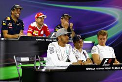 The FIA Press Conference (from back row (L to R)): Daniel Ricciardo, Red Bull Racing; Sebastian Vettel, Ferrari; Max Verstappen, Red Bull Racing; Charlie Whiting, FIA Delegate; Lewis Hamilton, Mercedes AMG F1; Felipe Massa, Williams; Nico Rosberg, Mercedes