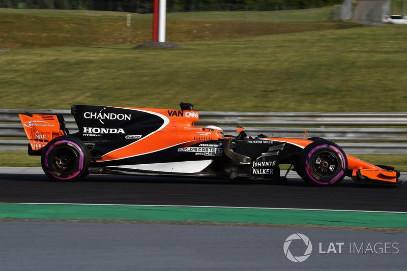 18 місце — Стоффель Вандорн (Бельгія, McLaren) — коефіцієнт 2001,00