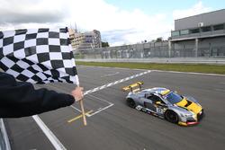 #17 Audi Sport Team WRT Audi R8 LMS: Robin Frijns, Stuart Leonard takes the win