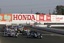Старт: лідирує Джозеф Ньюгарден, Team Penske Chevrolet