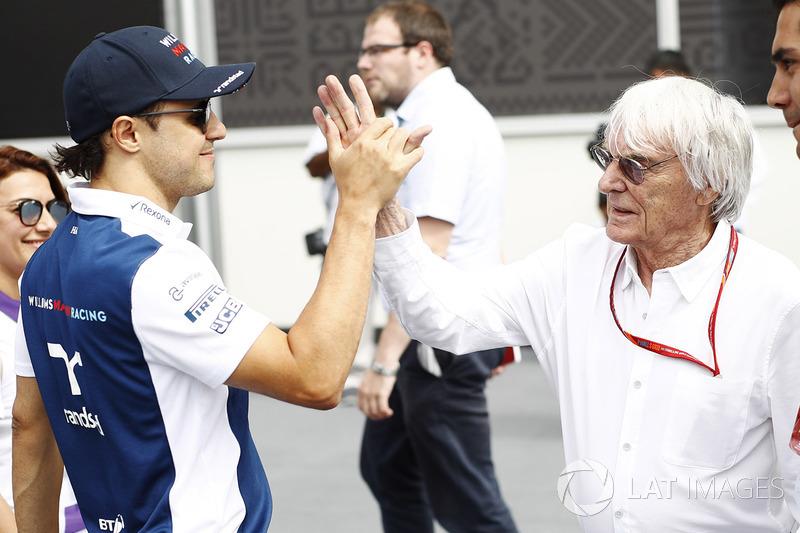 Гран Прі Азербайджану. Феліпе Масса (Williams) вітається з Берні Екклстоуном