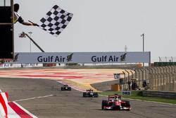 Charles Leclerc, PREMA Racing se lleva la victoria