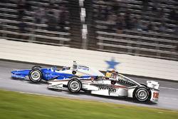 Scott Dixon, Chip Ganassi Racing Honda, Will Power, Team Penske Team Penske Chevrolet
