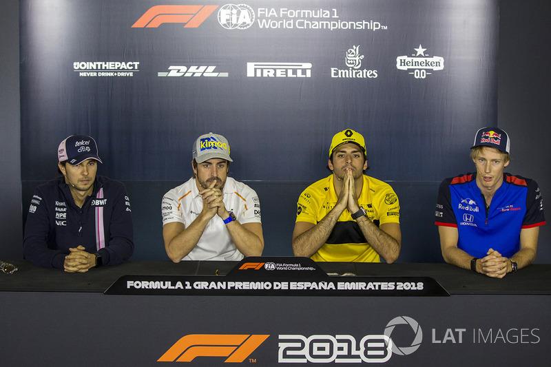 Sergio Perez, Force India, Fernando Alonso, McLaren, Carlos Sainz Jr., Renault Sport F1 Team, Brendon Hartley, Scuderia Toro Rosso