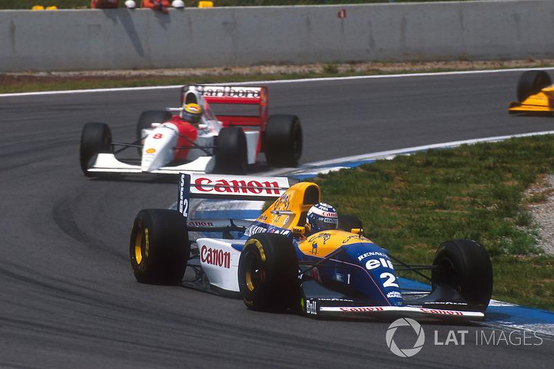 Alain Prost, Williams FW15C Renault, 1 ° puesto seguido de Ayrton Senna, McLaren MP4 / 8 Ford