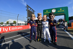 Caricaturas de Max Verstappen, Red Bull Racing, Nico Hulkenberg, Renault Sport F1 Team, Valtteri Bottas, Mercedes-AMG F1 y Daniel Ricciardo, Red Bull Racing