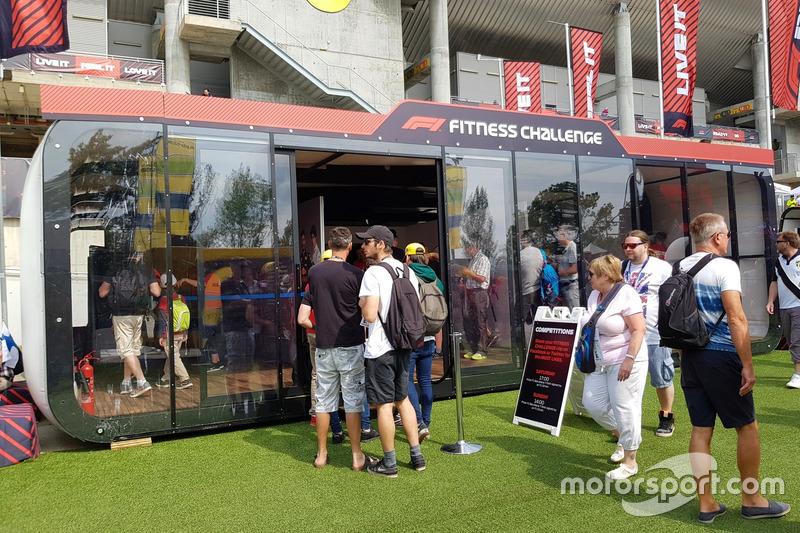 Uji fisik Anda layaknya seorang pembalap F1 di Fitness Challenge